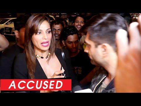 Bipasha Basu Behaviour EXPOSED In Public | UGLY Fashion Show Controversy
