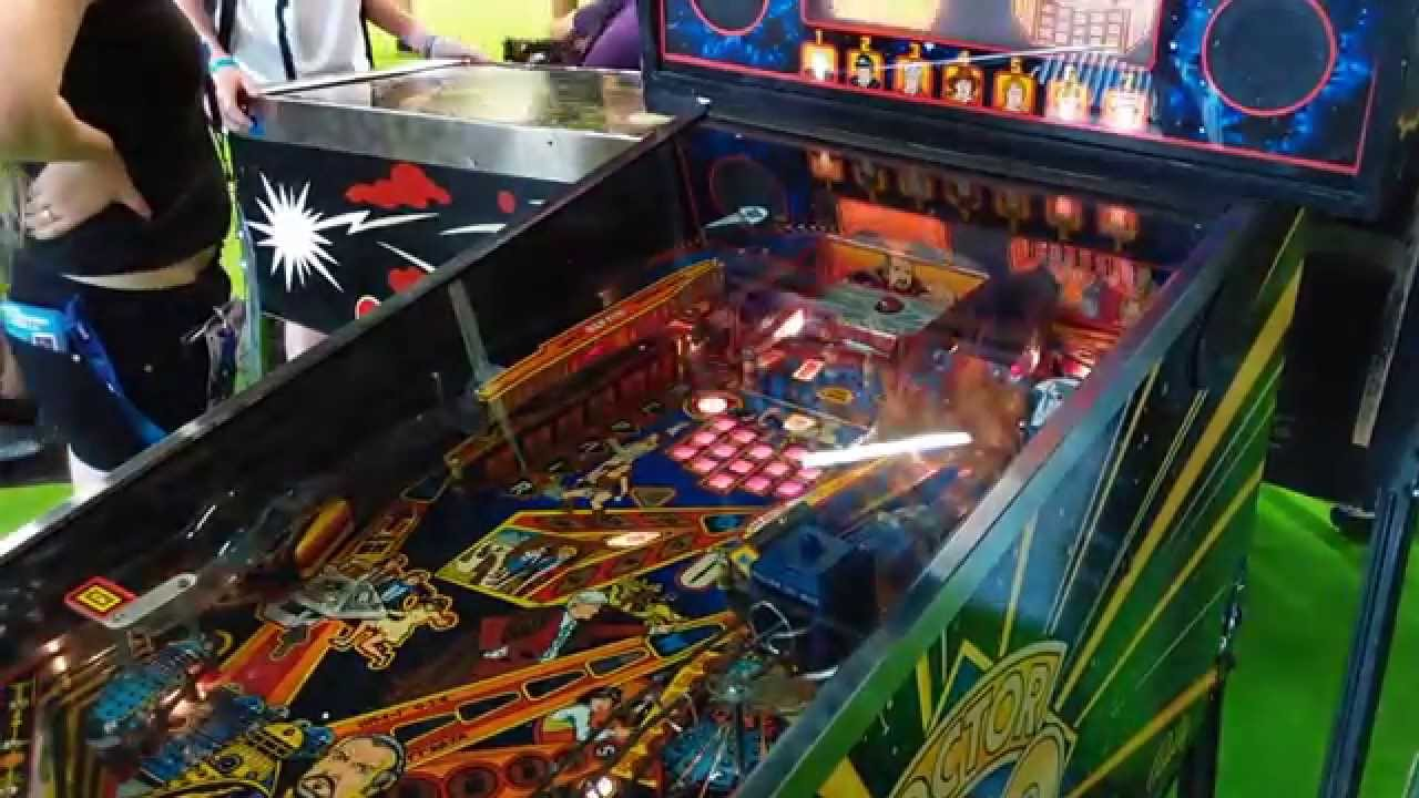 Old School video games and arcade cabinets