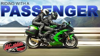 How to be a good passenger on a motorcycle