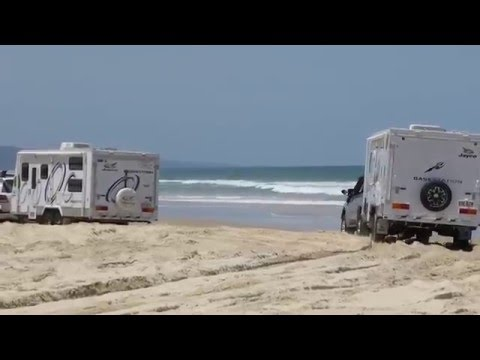 2 Large Basestation Caravans Access 4x4 Beach - Cooloola