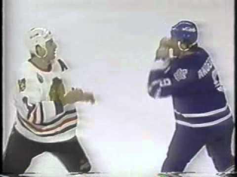 1992-93: Maple Leafs @ Blackhawks - Chris Chelios vs Glenn Anderson
