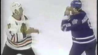 1992 93: Maple Leafs @ Blackhawks   Chris Chelios Vs Glenn Anderson