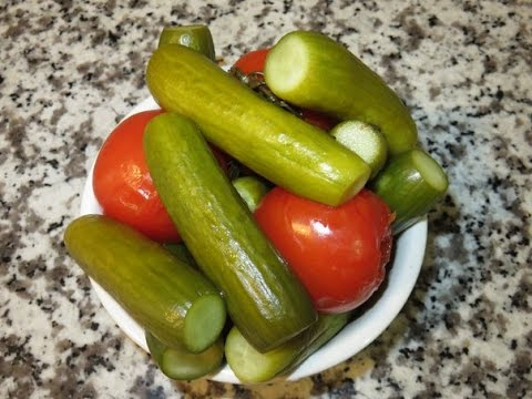 Quick Pickled Tomatoes And Cucumbers