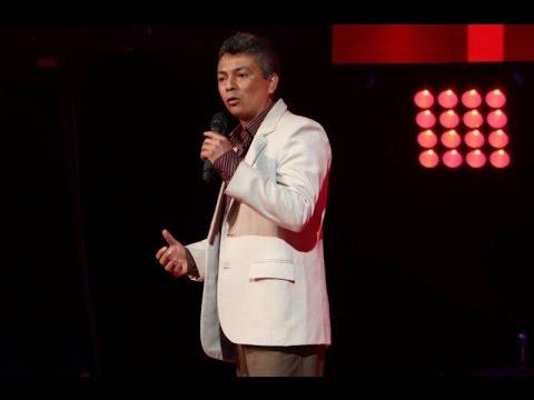 """Rubén Castillo cantó """"La noche de tu ausencia"""" y no gustó"""