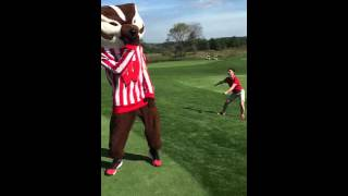 Bucky Badger +1 Getting Their Groove On at the GBO