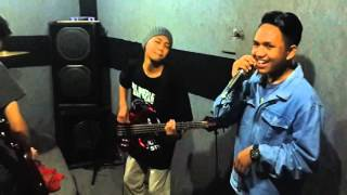 Bebas Merdeka (THE APPLE BOYS COVER) || THE APPLE BOYS (T.A.B.)