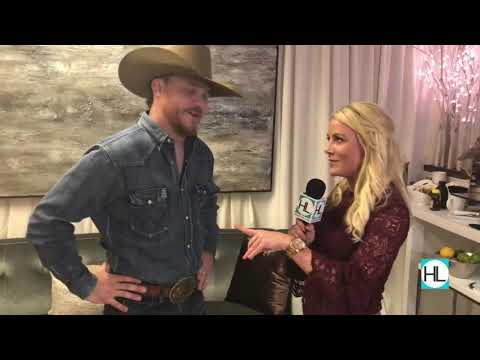 Stephanie Gerry Takes Us Backstage With Cody Johnson At Rodeo Houston 2018 Mp3