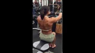 女性トップビルダーの大森樹理トレーナーの 筋肉女子を作るボディメイク...