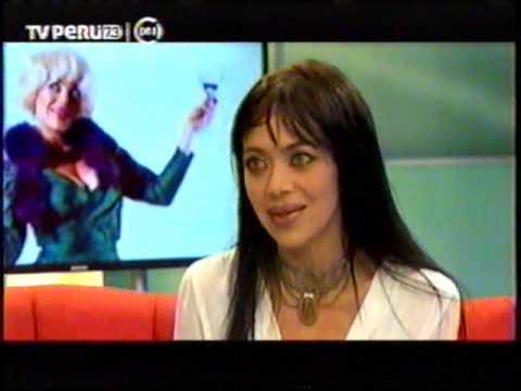 Entrevista a Kareen Spano de la Obra Como Triunfar en Kojudopolis