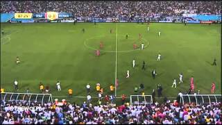 Real Madrid 0-1 Roma - About 30 Fans Run Onto The Pitch - GUINNESS CHAMPIONS CUP 2014 - 29-7-2014