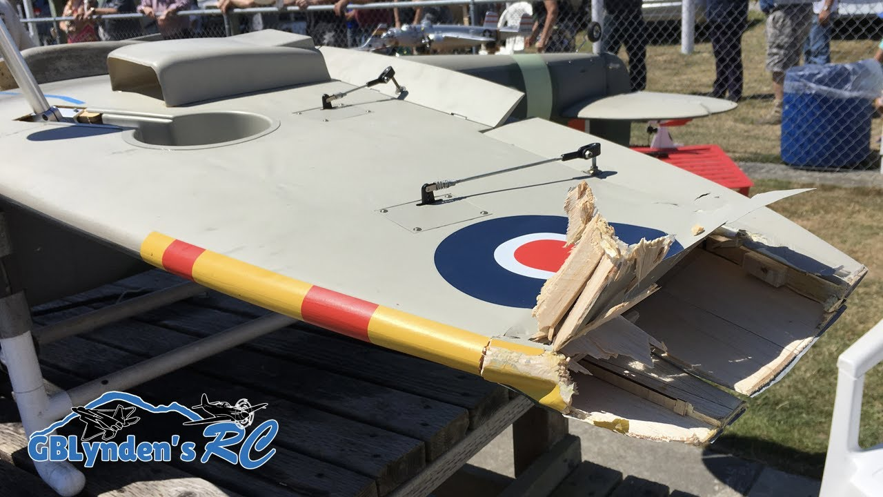 RC Plane Crash Landing - Giant Scale Spitfire WWII Warbird at Warbirds Over  Whatcom
