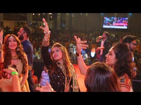 DAY 7 Aishwarya Majmudar Ofira Navratri 2017 United Culture VR1 Event Surat Part 2 by VR Make