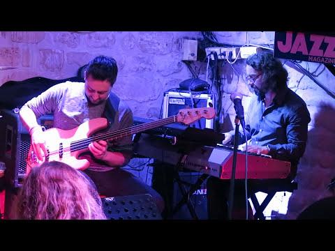 PARIS JAZZ CLUB ~ Caveau des Oubliette with Francois Faure jazz fusion feat drums