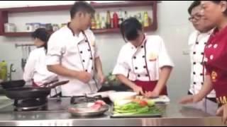 1 giờ học nấu ăn chất lượng tại Trung Tâm Dạy Nấu Ăn Sao Mai