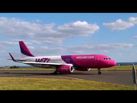 wizzair A320 At Paris Beauvais