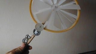 100円アイテムだけで風力発電機を作ってみた Making a wind turbine generator