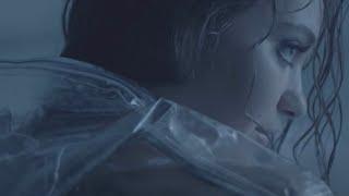 Смотреть клип Cxloe - Tough Love