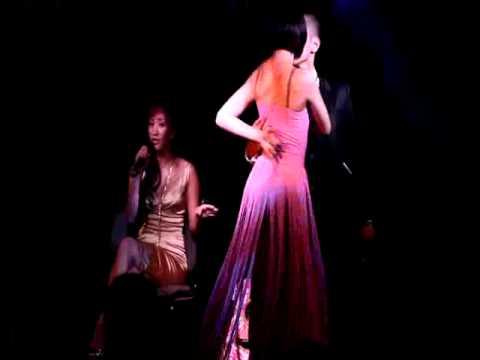 LE UYEN NHY- VU NU THAN GAY - YouTube
