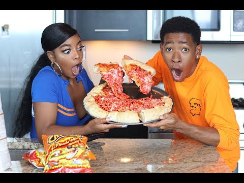 Download Youtube: COOKING WITH DK4L | HOW TO MAKE A JUMBO FLAMIN' HOT CHEETOS PIZZA