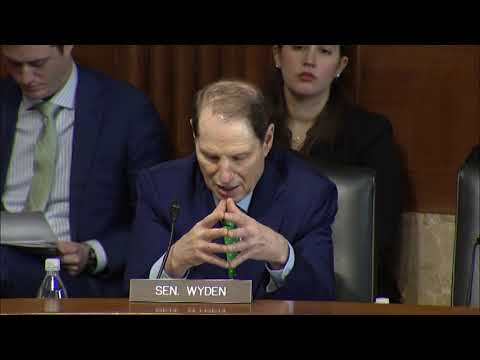 Wyden Pushes Trump Administration to Fund Earthquake Early Warning System