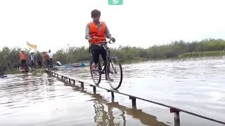 Best Bike Race Ever on Earth-Funny Video Ride Bike on Water-Amazing Ride Bike on Water in Cambodia