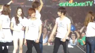 2MIN moment #103 [Whenever we touch]