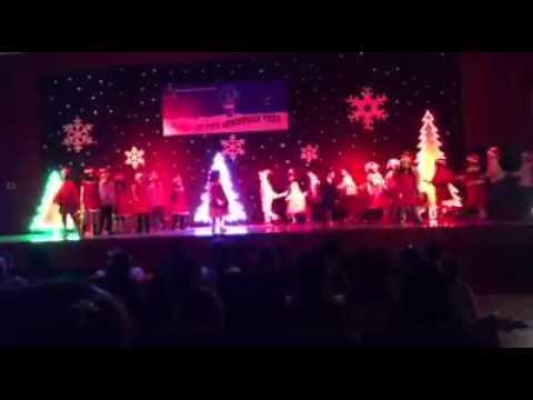Tiết mục Giáng Sinh 2A3 Brendon
