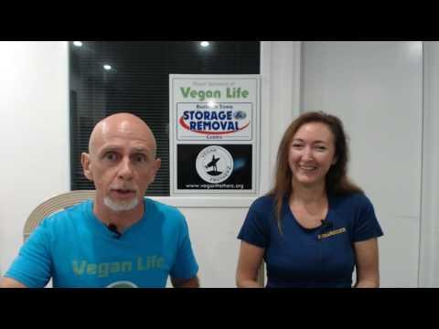 2017 Vegan Hour Ep 8 with Kelly Nelder from Sugarshine Farm Sanctuary