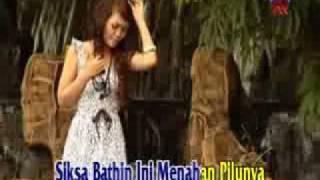 Download Ria Amelia - Cinta Dalam Dusta slow rock