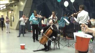 Musequality World Busk 2014: Richard Harwood plays Haydn Cello Concerto on London Underground