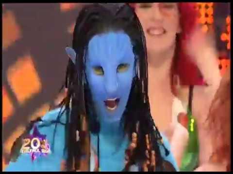 Andreea Bănică se transformă în Neytiri, personajul feminin din filmul Avatar