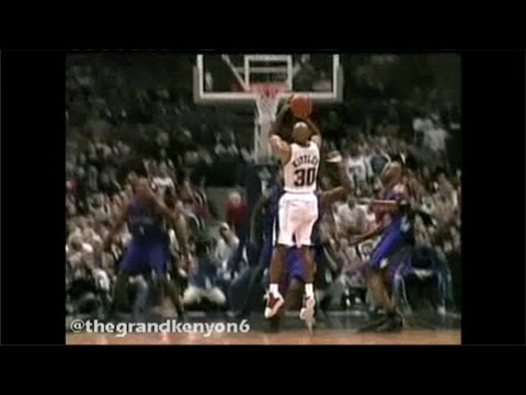Vince Carter & Kerry Kittles go mano a mano down the stretch