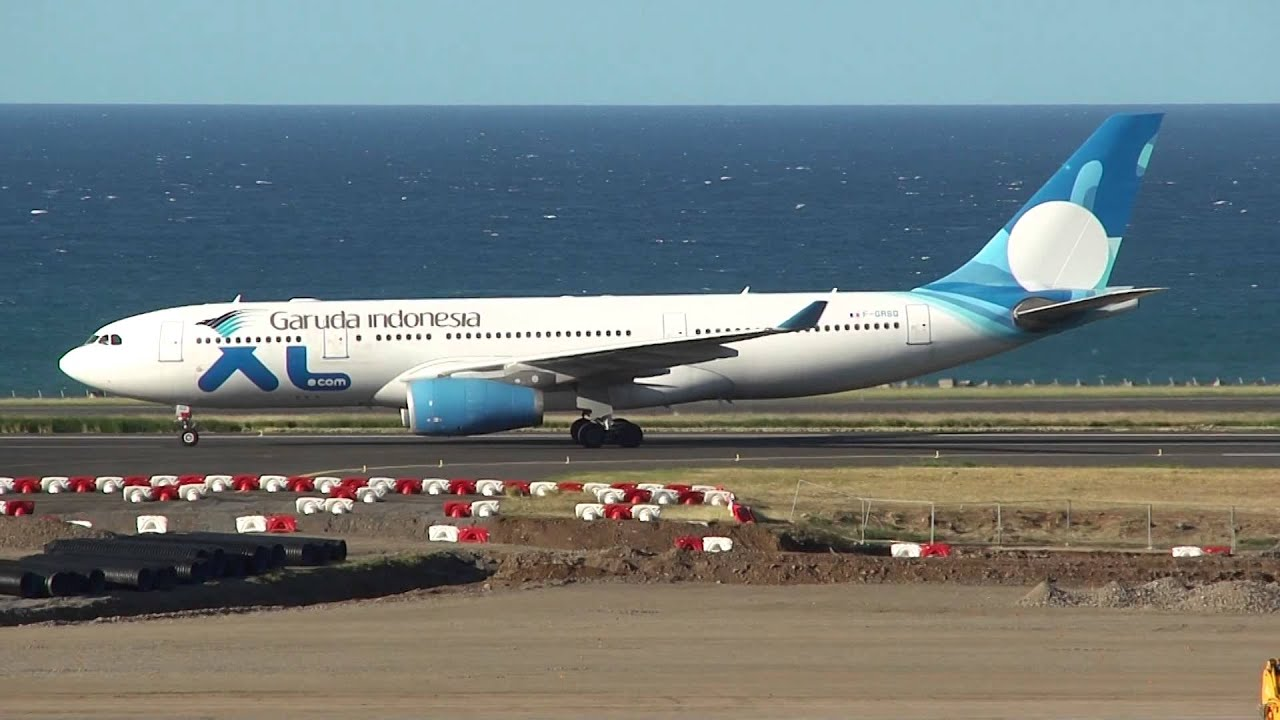 Garuda indonesia a330 200 leased from xl airways france for Airbus a330 xl airways interieur
