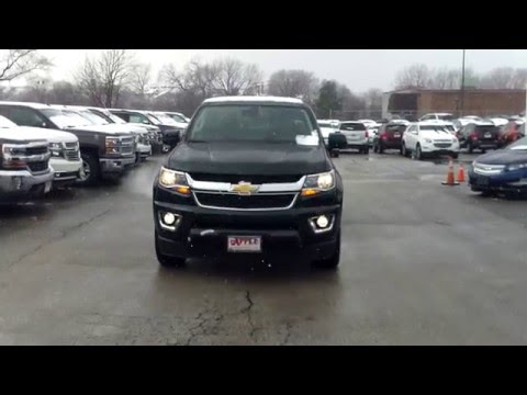 2016 chevrolet colorado walk around video by jeff dignan at apple chevy in tinley park il. Black Bedroom Furniture Sets. Home Design Ideas