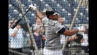 Yankees' Aaron Hicks takes BP at Yankee Stadium