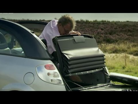 Jeremy Clarkson tries to remove the car roof
