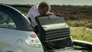 Jeremy Clarkson prøver å fjerne biltak