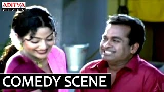 Video Kshemanga Velli Labanga Randi Comedy Scenes - Kovai Sarala Beating Brahmanandam Comedy download MP3, 3GP, MP4, WEBM, AVI, FLV November 2017