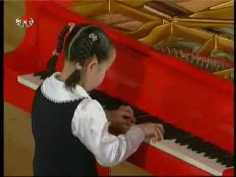 "[Piano] Yu Pyol Mi - ""The General's Star"" {DPRK Music}"