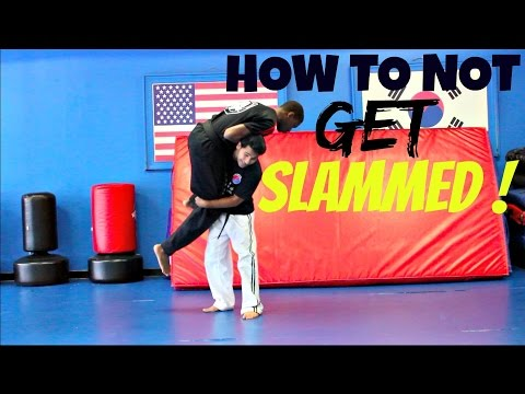 HOW TO STOP FROM BEING SLAMMED HOW TO NOT GET SLAMMED IN A STREET FIGHT PREVENT THIS