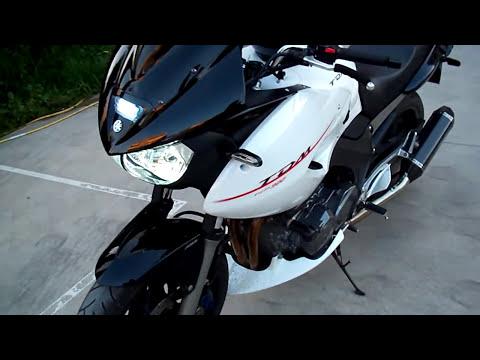 Yamaha TDM 900 with Remus Hexacone carbon