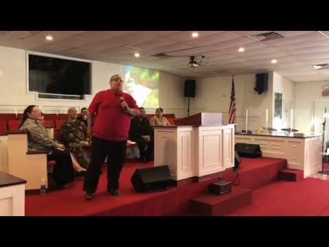 Evang. Hector Delgado Predicando en Tampa...