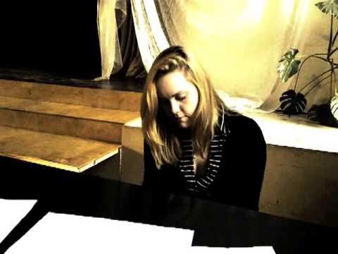 Alise Baumane - Nakts Mani Uzrunā
