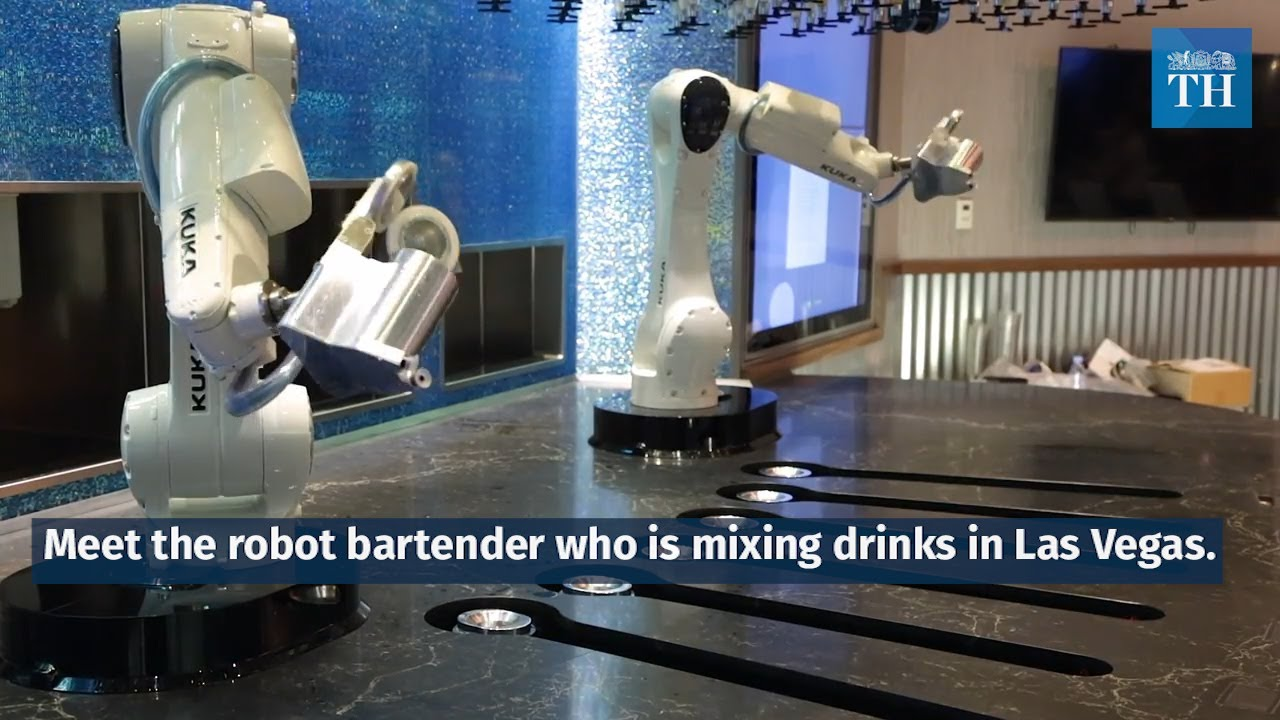 meet-the-robot-bartender-who-is-mixing-drinks-in-las-vegas