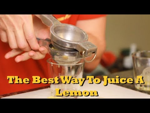 The Best Way To Hand Juice A Lemon | Drinks Made Easy