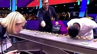 Most Walnuts Crushed with the head Guinness World Records  PAK vs IND Muhammad Rashid vs Navin Kumar
