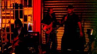 Download Oscar Putzeys canta La Planta en Café de los 80s MP3 song and Music Video