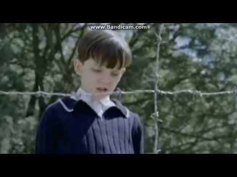 El niño con el pijama de rayas - Trailer | Español