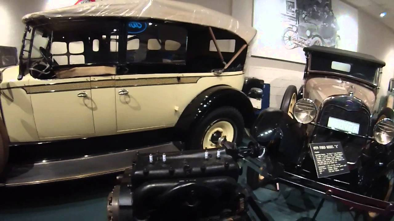 Old Cars at Luray Caverns Car Museum - YouTube