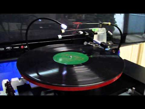 DIY linear tracking tonearm and turntable3